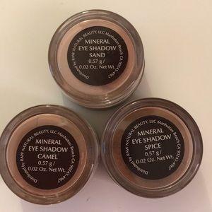Raw minerals eye shadow trio set